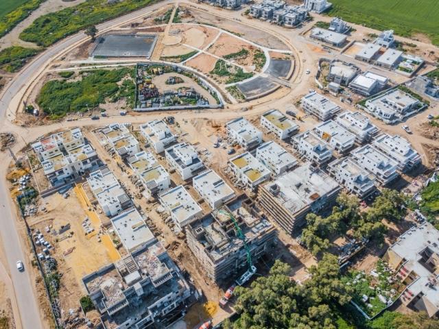 קבוצת רכישה אלומה הירוקה - שלבי בנייה