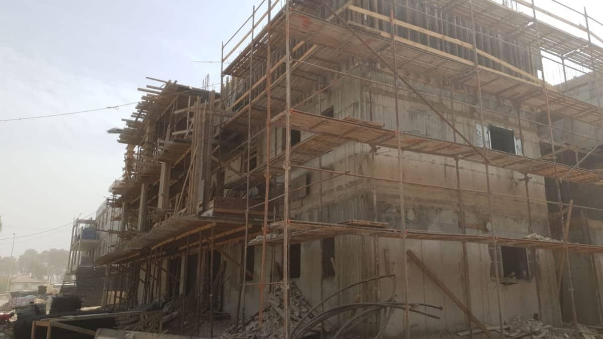 אלומה הירוקה - עבודות בניה