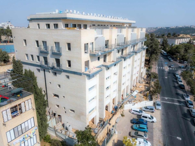 דהומיי 10 - תמא 38 בירושלים - בשלבי בנייה