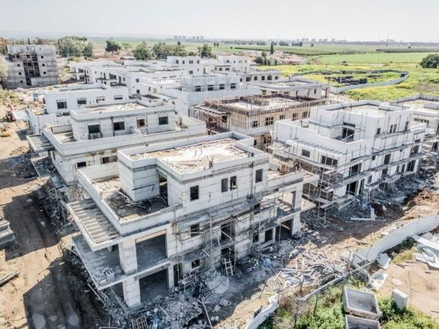 קבוצת רכישה אלומה הירוקה - שלבי בניה